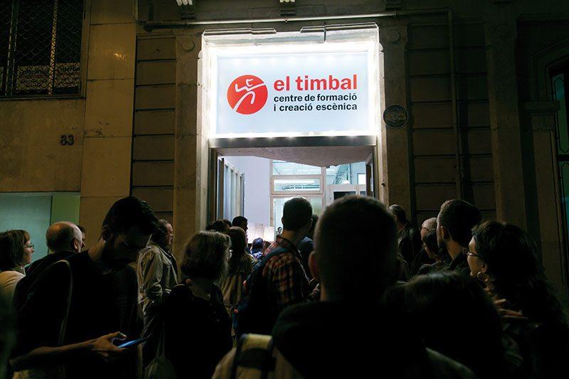 Entrada del local d'El Timbal, SCCL